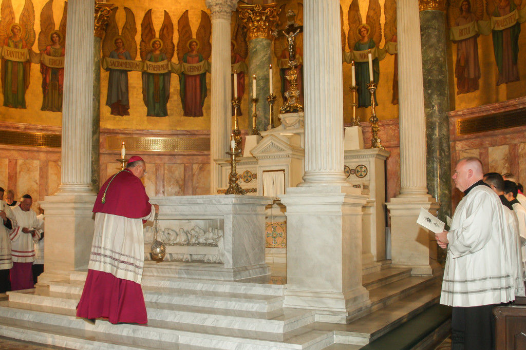 Pontifical Honors, 110115 R Galatioto - 175